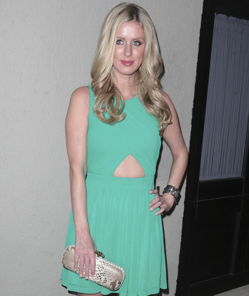 The Many Bags of Nicky Hilton Part 2-1