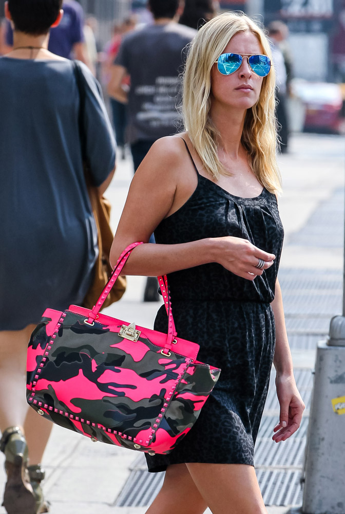 The Many Bags of Nicky Hilton Part 2-4