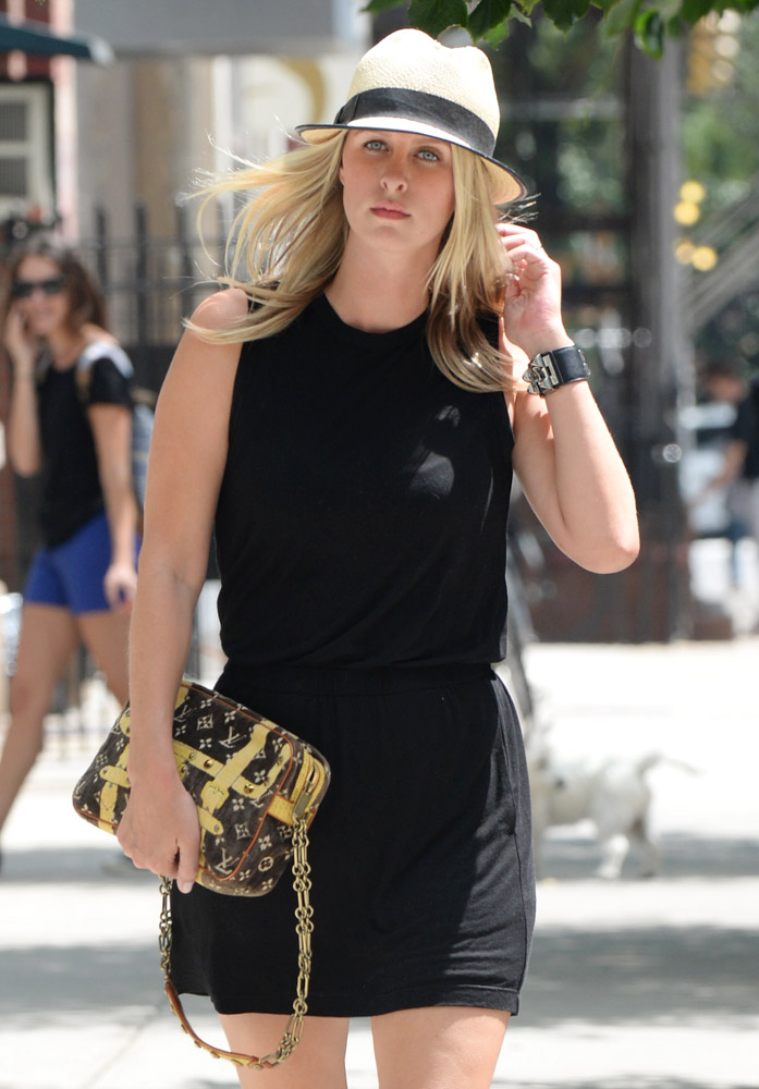 Nicky Hilton Louis Vuitton Trompe L'oeil Trocadero Bag-1