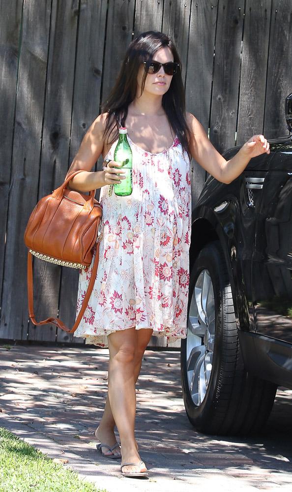 rachel bilson looks casual with an alexander wang bag