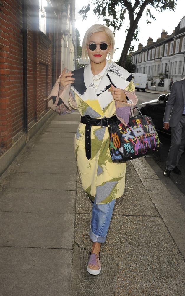 Rita Ora Graffiti Hermes Birkin 1