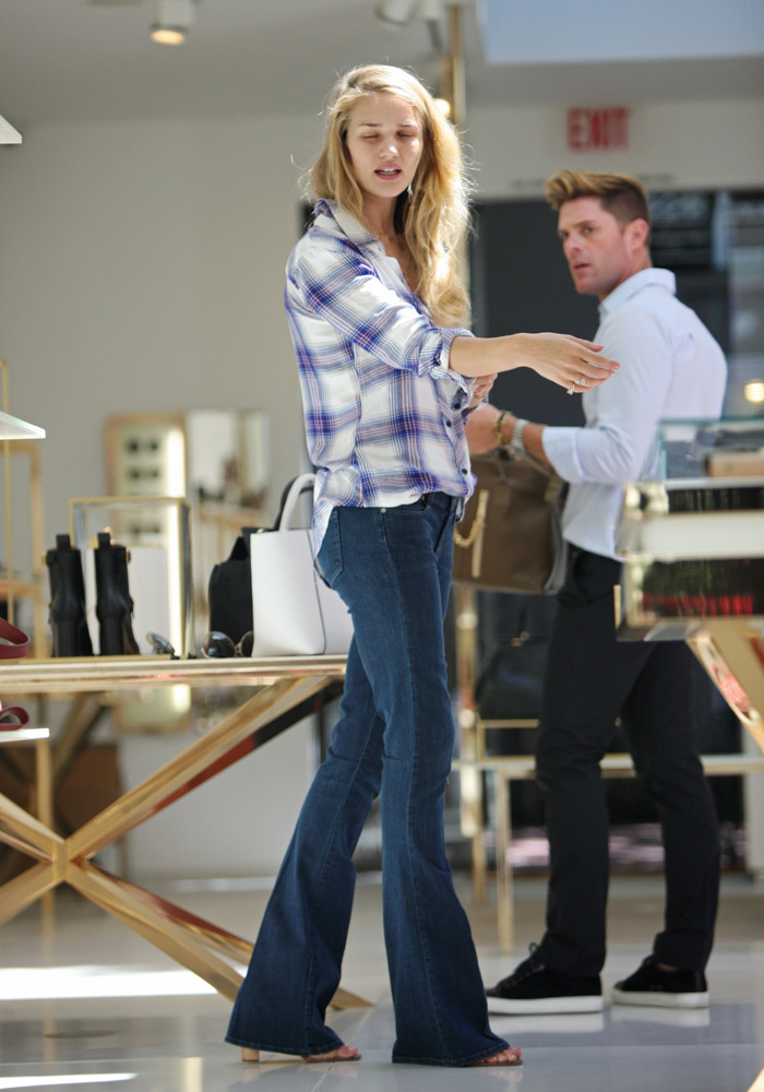 Rosie Huntington-Whiteley Victoria Beckham Quincy Tote-1
