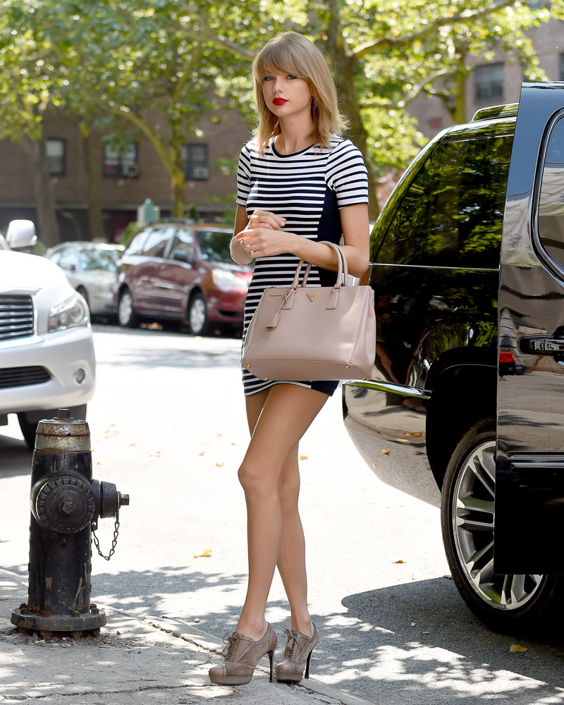 Taylor Swift Prada Executive Tote-2