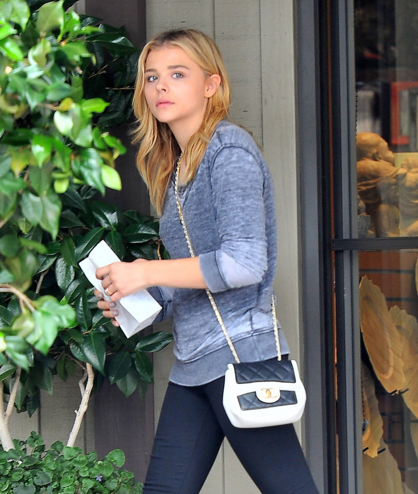 The Many Bags of Chloe Grace Moretz-20