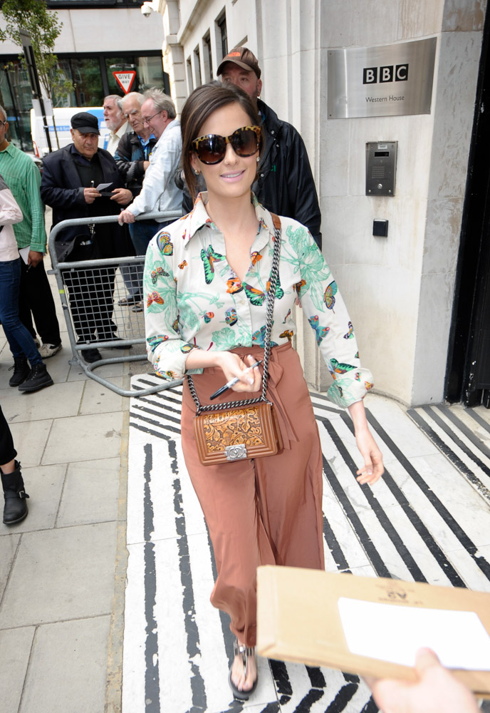 Kacey Musgraves Chanel Boy Bag-3