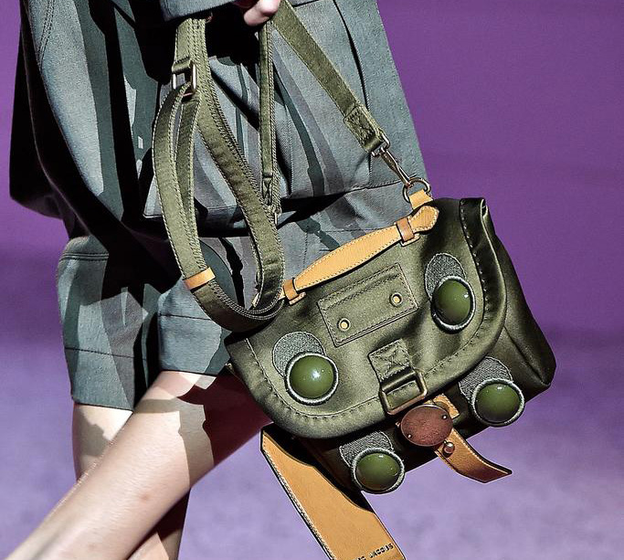 Marc Jacobs Spring 2015 Handbags 19