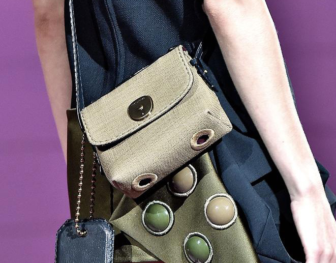 Marc Jacobs Spring 2015 Handbags 4