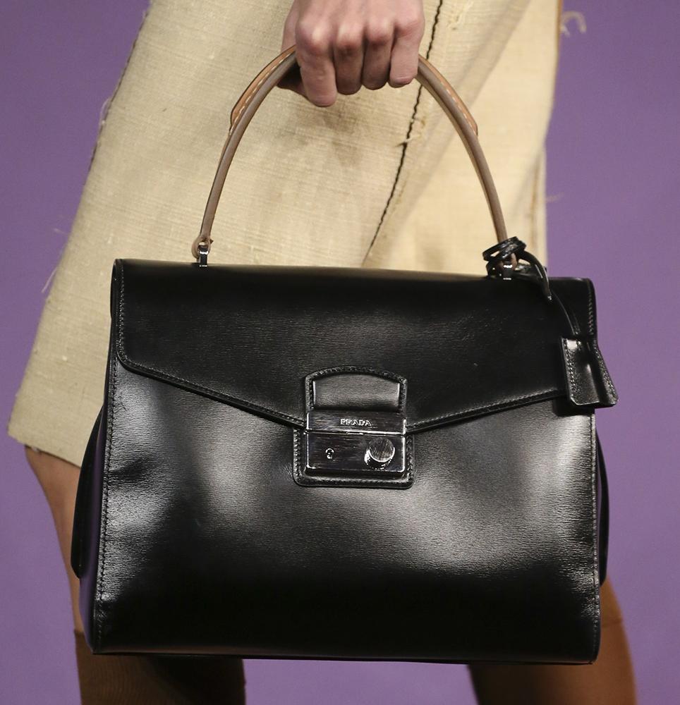 Женские сумки Prada: - Prada Gucci Tods Hogan