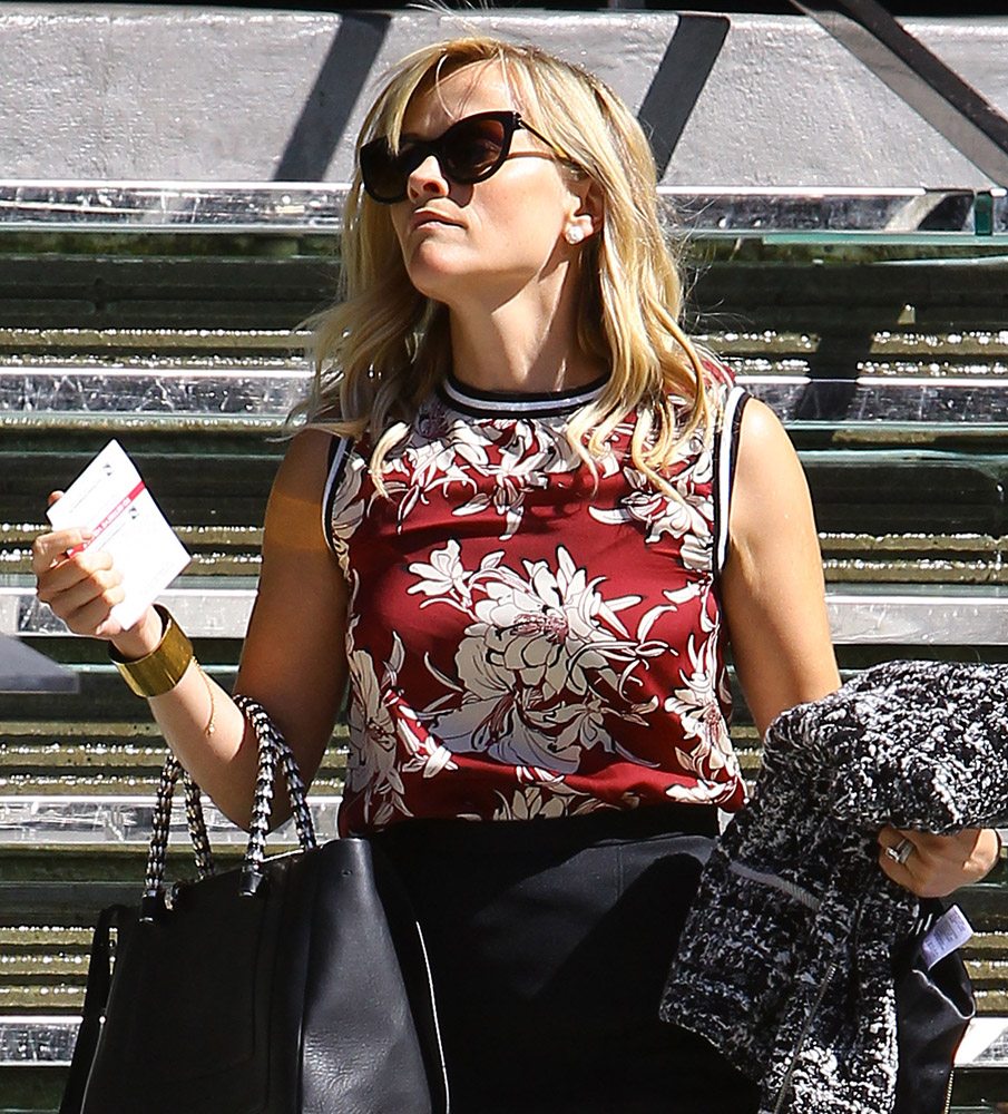 Reese Witherspoon Bulgari Serpenti Tote 2
