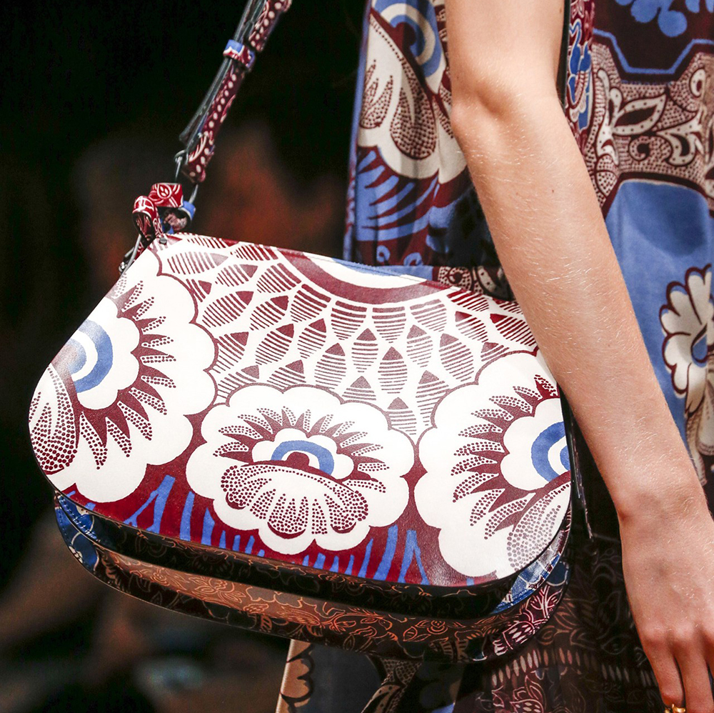 Valentino Spring 2015 Handbags 15