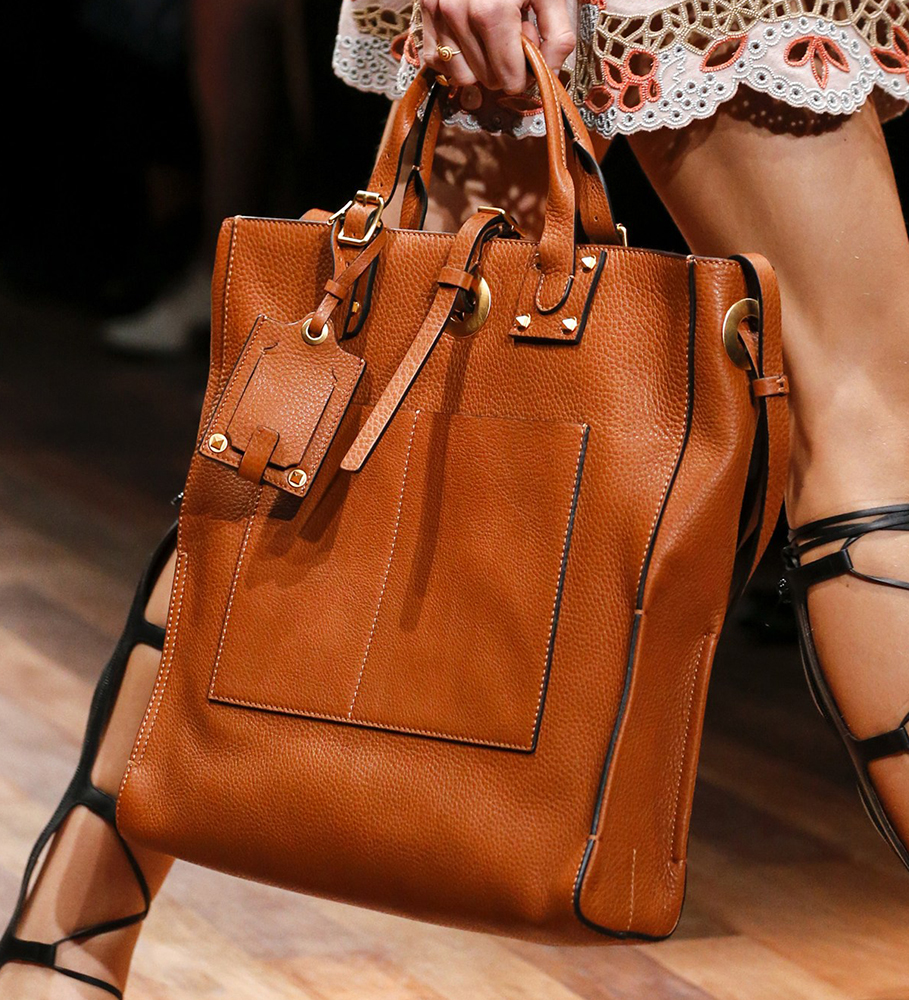 Valentino Spring 2015 Handbags 17