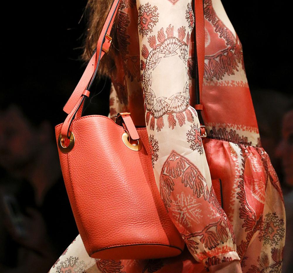 Valentino Spring 2015 Handbags 33