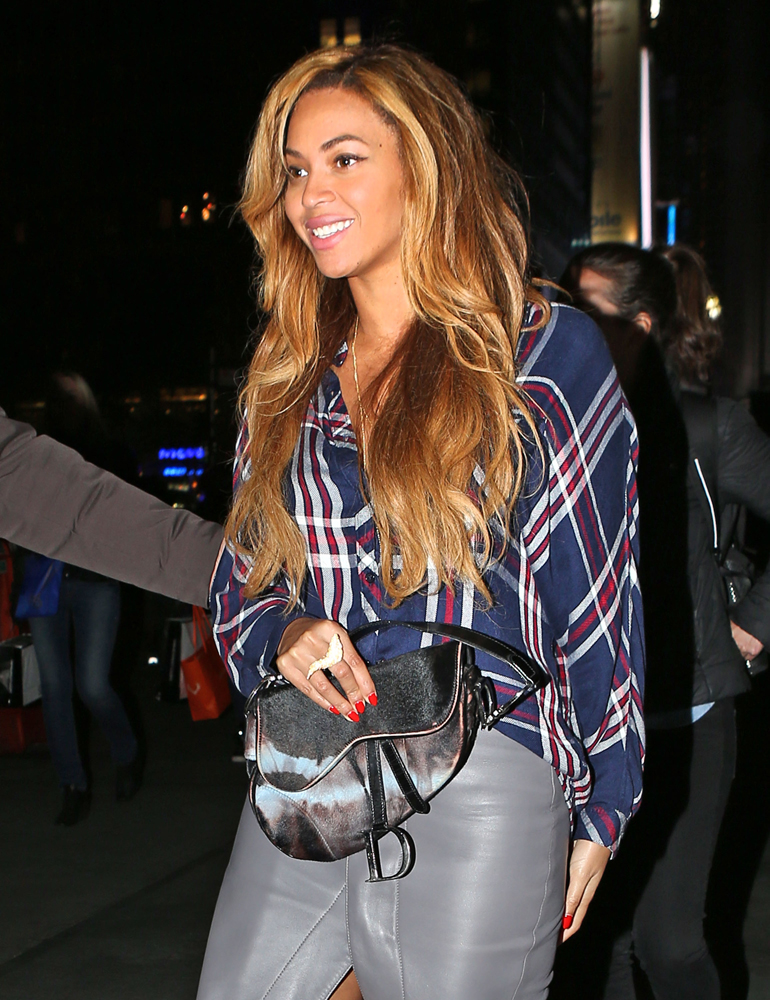 Beyonce Christian Dior Saddle Bag 4