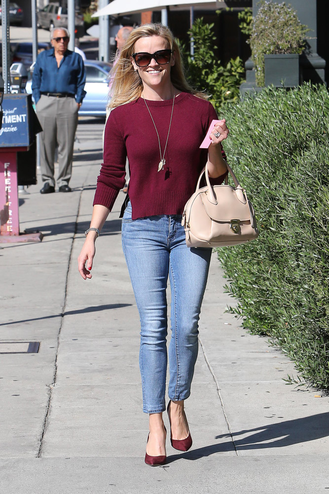 Reese Witherspoon Salvatore Ferragamo Fiammia Bag-2