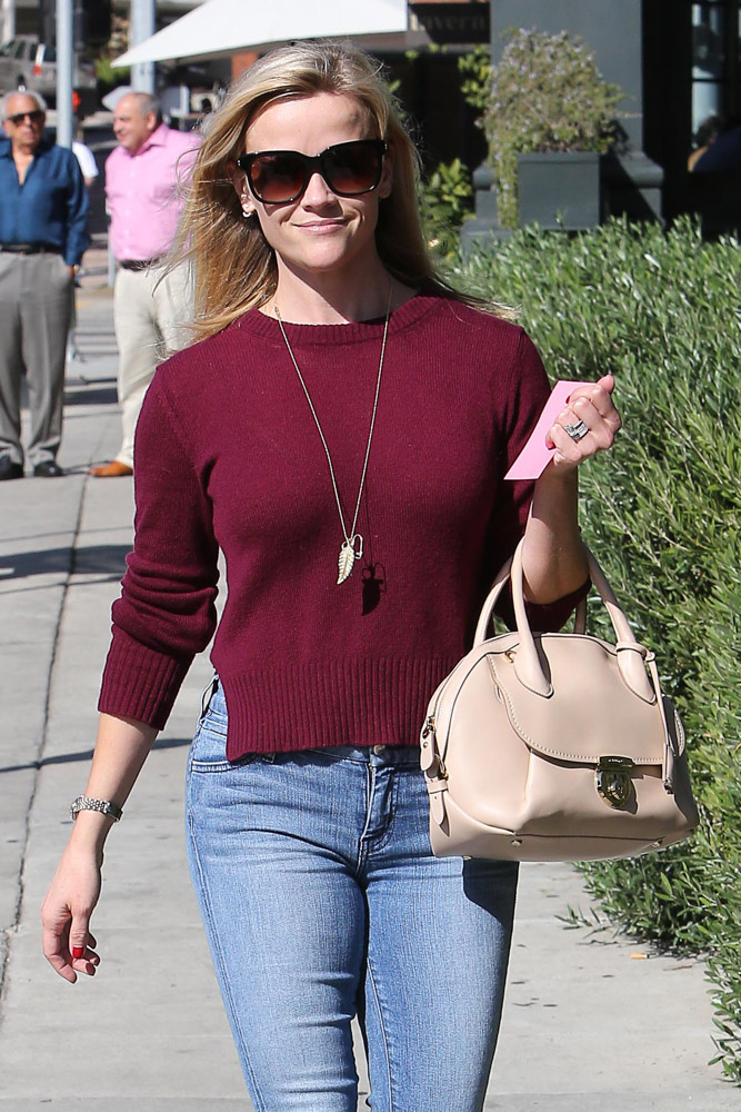 Reese Witherspoon Salvatore Ferragamo Fiammia Bag-3
