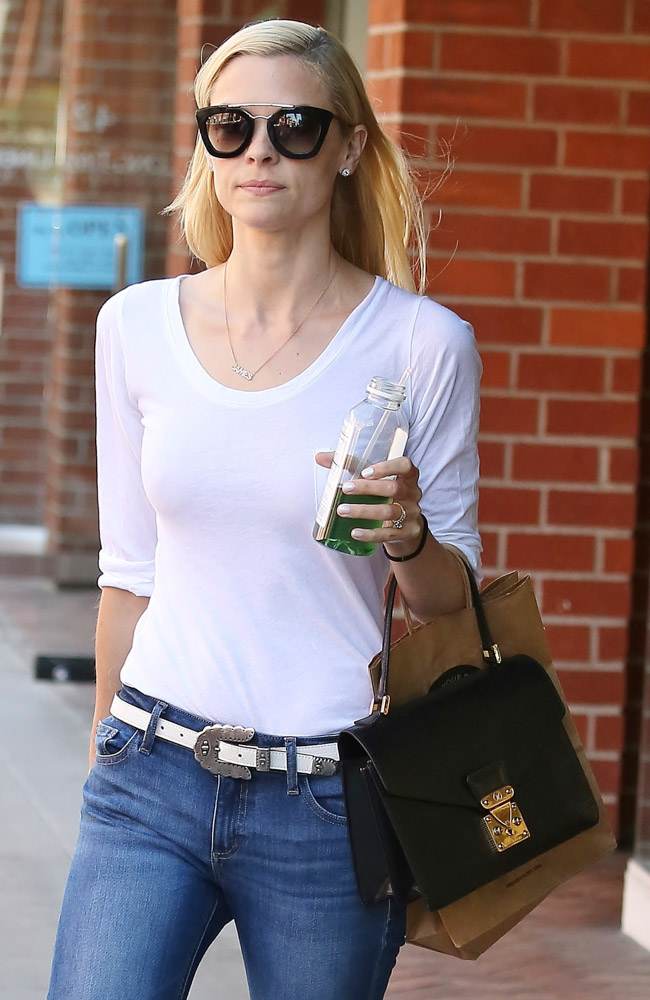 The Many Bags of Jaime King-13