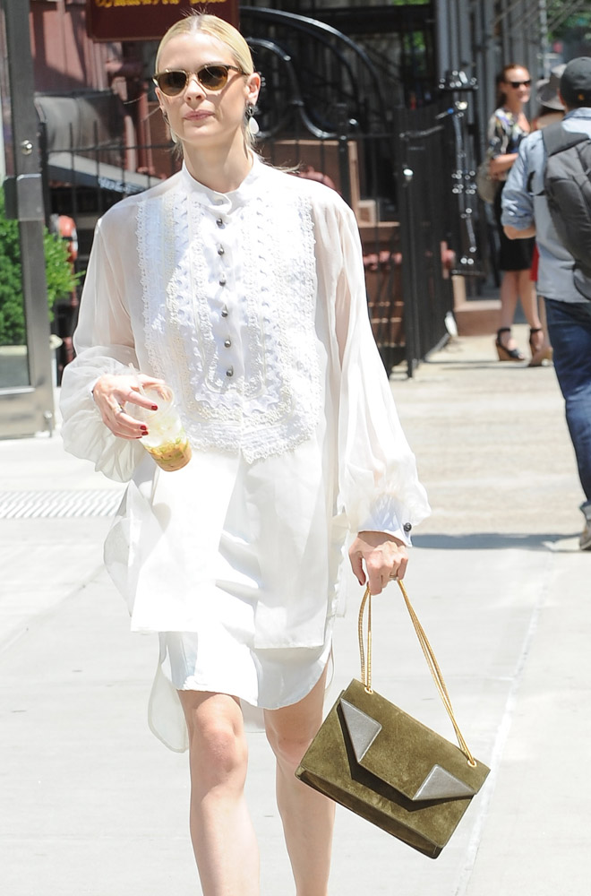 The Many Bags of Jaime King-2