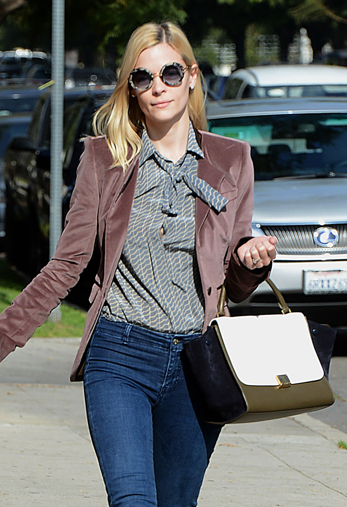 The Many Bags of Jaime King-9