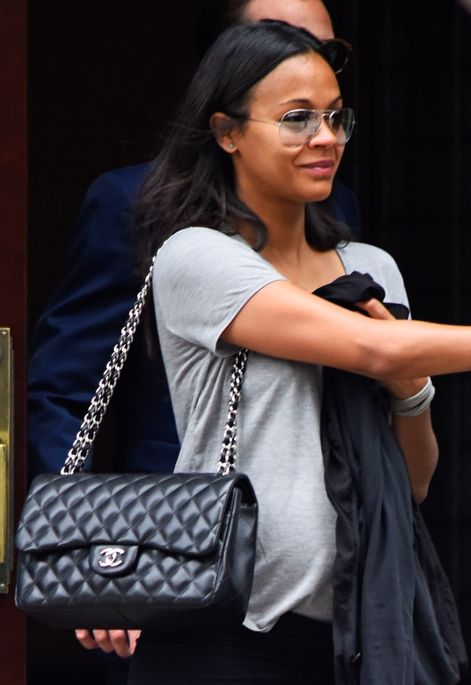 50 Celebrities Carrying Chanel BaGS-24
