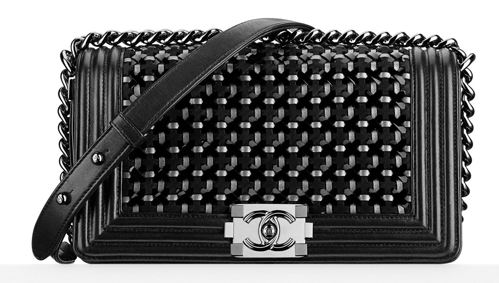 Check Out Chanel s Dubai-Themed Cruise 2015 Bags a5394ecbb5cf8