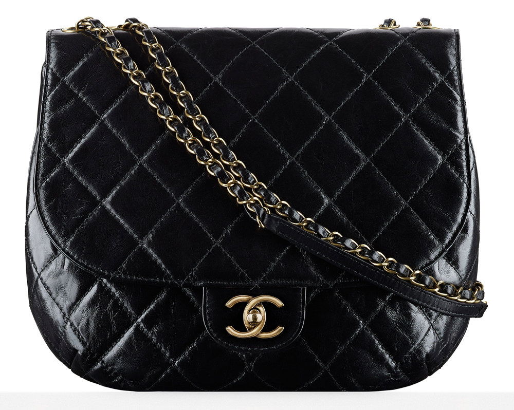 Dubai chanel themed cruise bags pictures