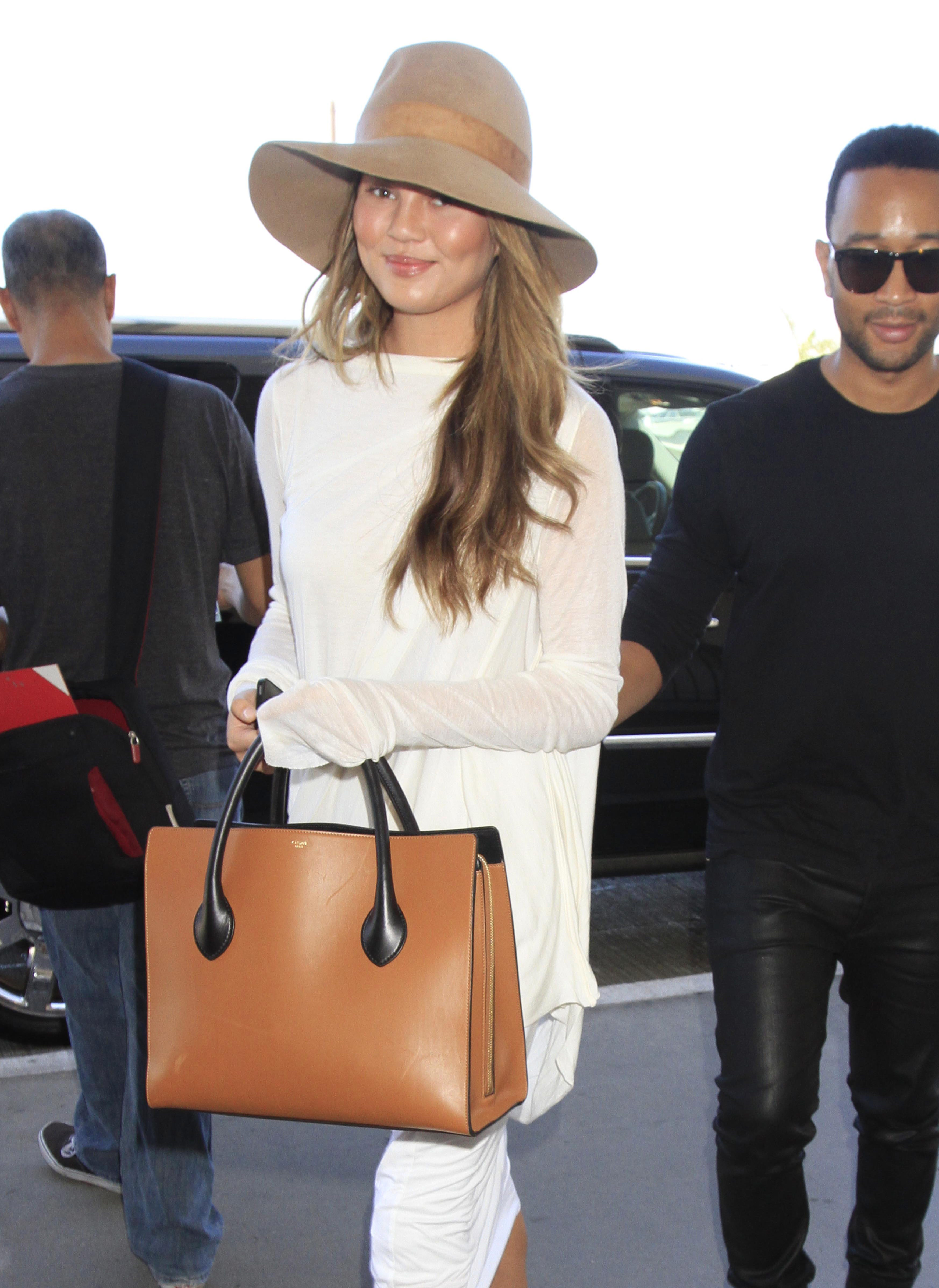Chrissy Teigen and John Legend show why they are the perfect couple
