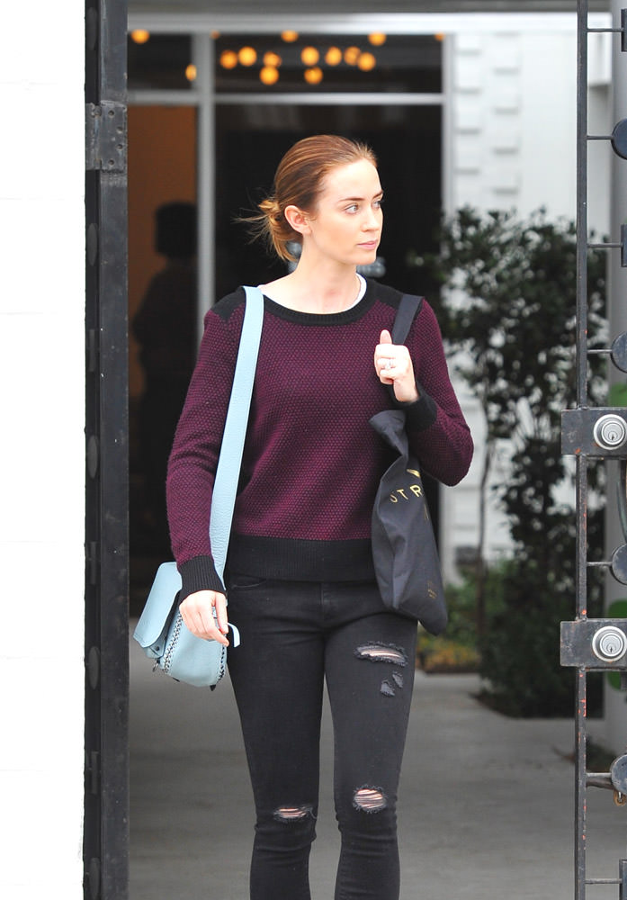 Emily Blunt Coach Dakotah Bag-2