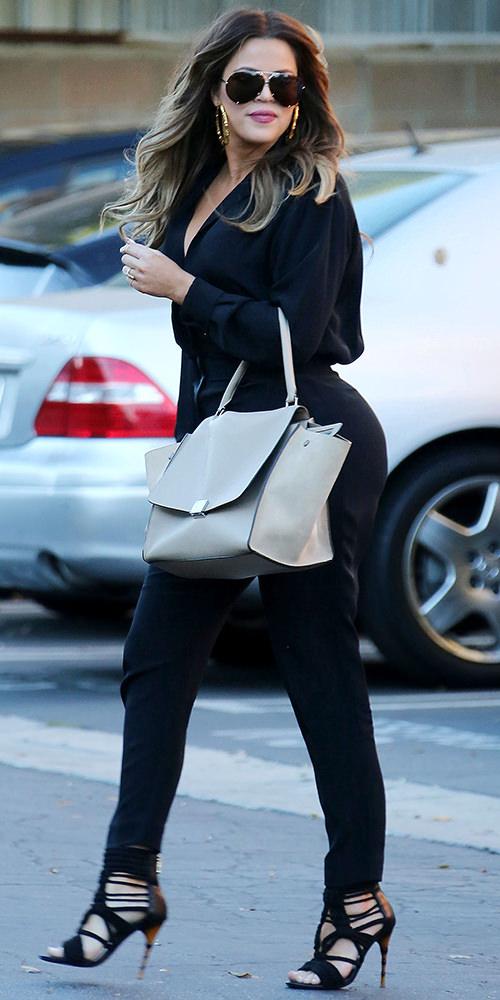 The-Many-Shoes-of-Khloe-Kardashian_13