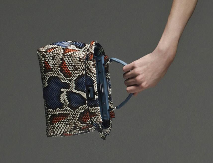 Fendi-Pre-Fall-2015-Handbags-18