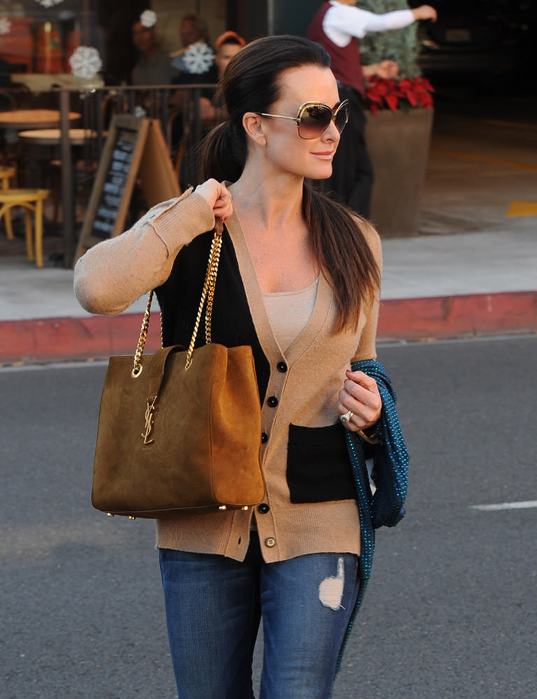 Kyle Richards in Beverly Hills looking cute