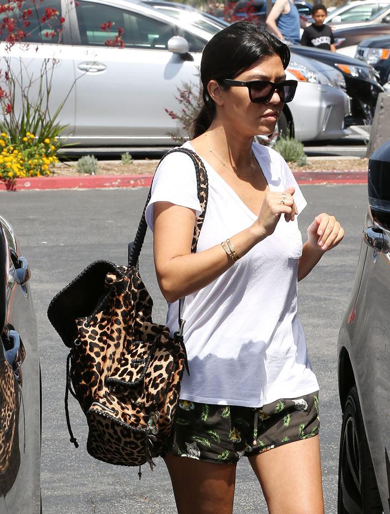 9a225b058e05 Kourtney Kardashian and Scott Disick take Mason and Penelope for breakfast  in Calabasas