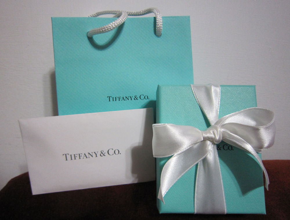 Tiffany-Bag-and-Box