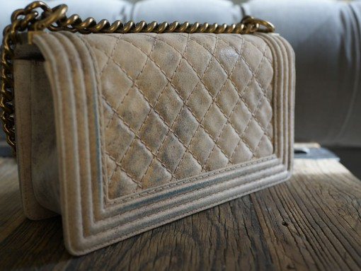 Chanel Boy Bag Discoloration-1