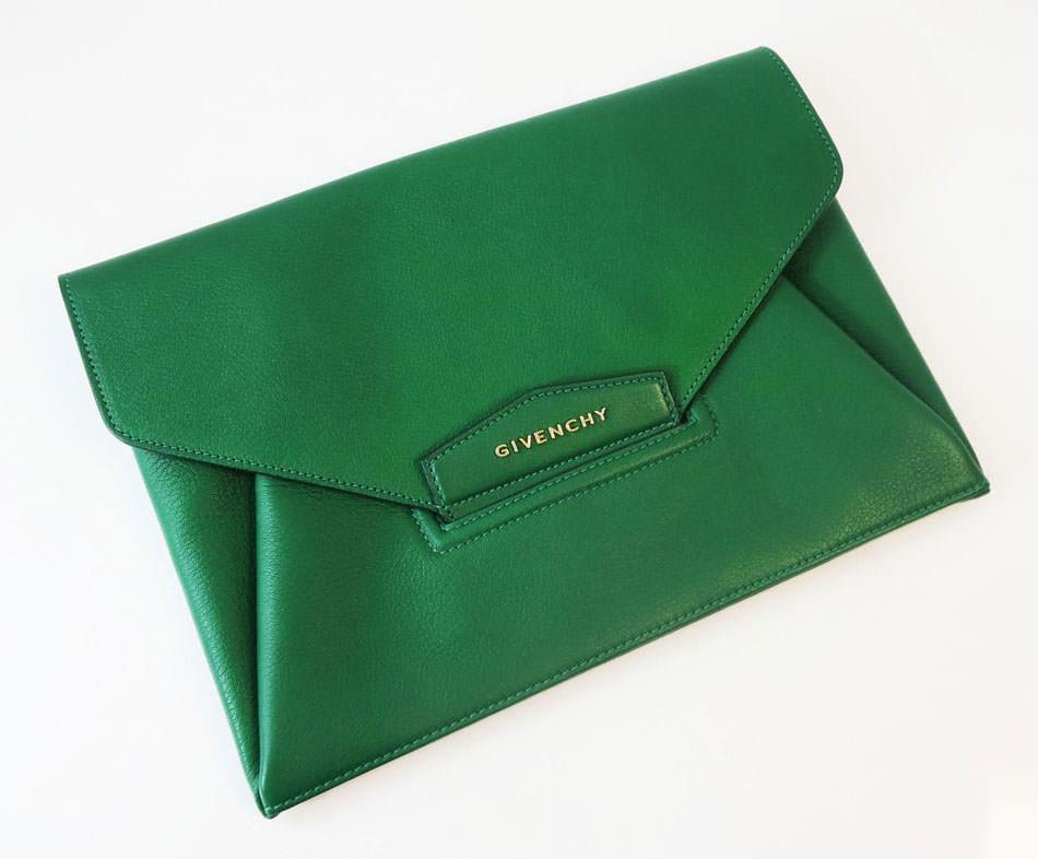 Givenchy-Antigona-Envelope-Clutch