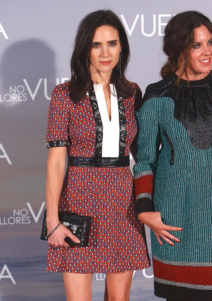 Jennifer-Connelly-Louis-Vuitton-Petite-Malle-Bag