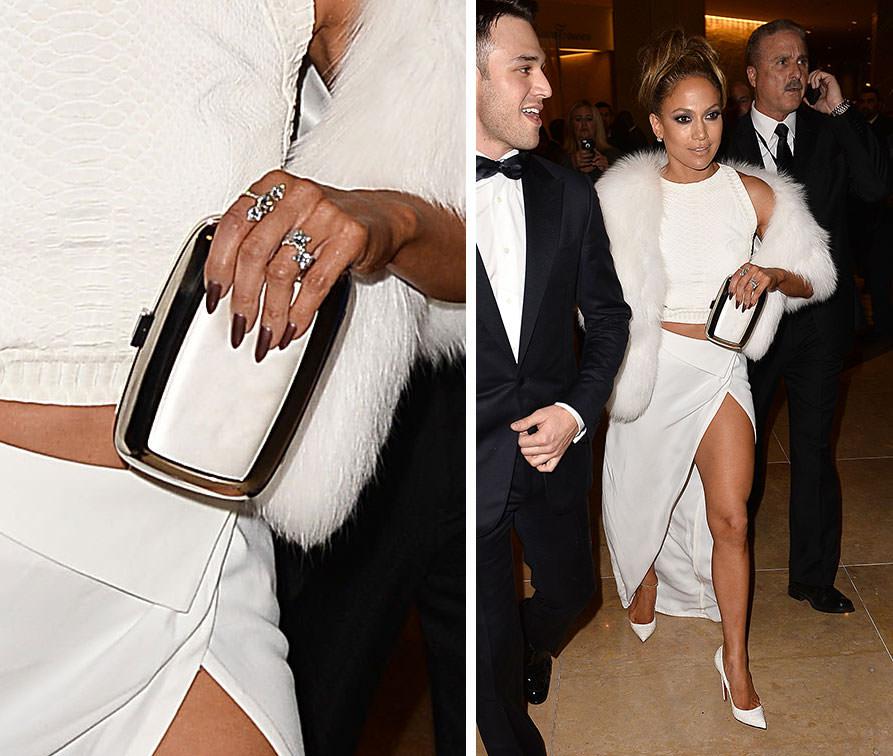Jennifer-Lopez-Roger-Vivier-Boite-de-Nuit-Clutch