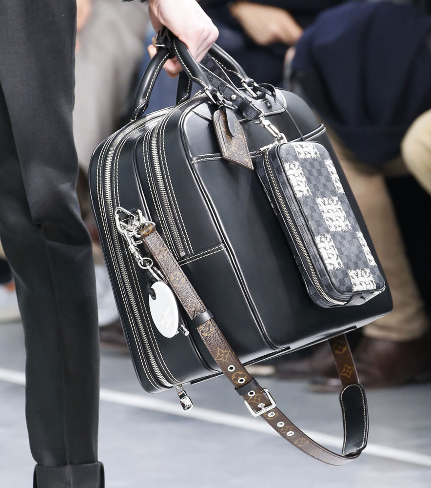 Louis-Vuitton-Fall-2015-Menswear-Bags-10