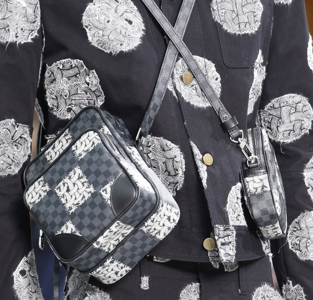 Louis-Vuitton-Fall-2015-Menswear-Bags-12