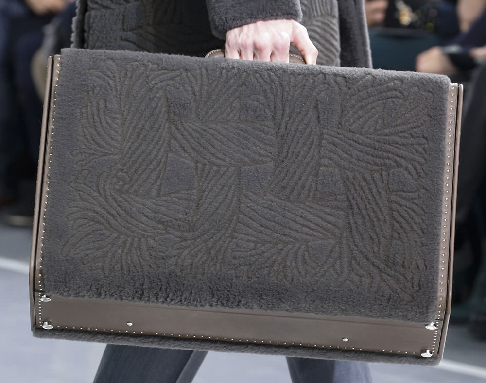 Louis-Vuitton-Fall-2015-Menswear-Bags-2