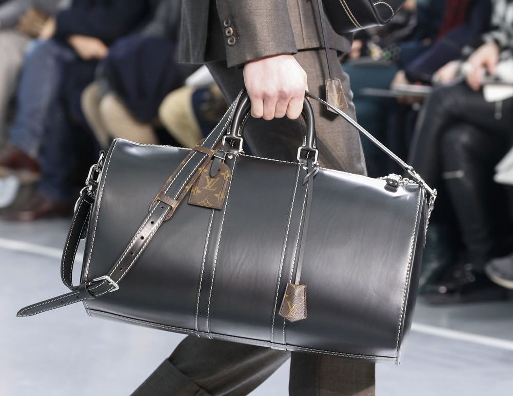 Louis-Vuitton-Fall-2015-Menswear-Bags-24