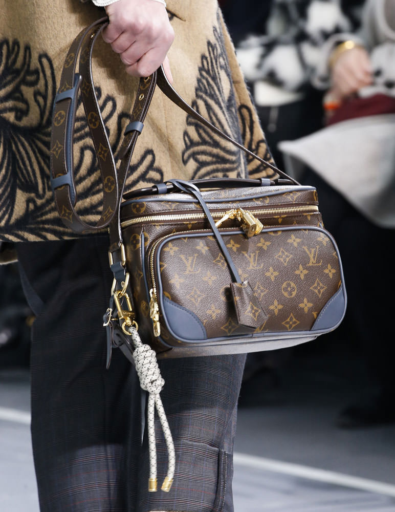 Louis-Vuitton-Fall-2015-Menswear-Bags-25