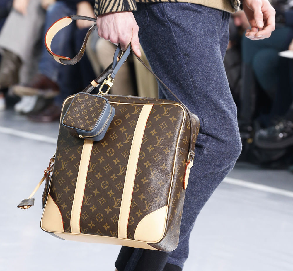 Louis-Vuitton-Fall-2015-Menswear-Bags-27
