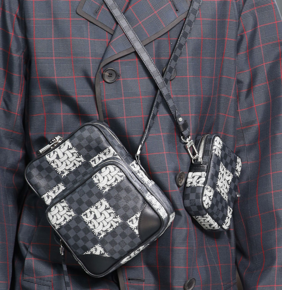monogram makes a major comeback at louis vuitton s fall 2015 louis vuitton fall 2015 menswear bags 3