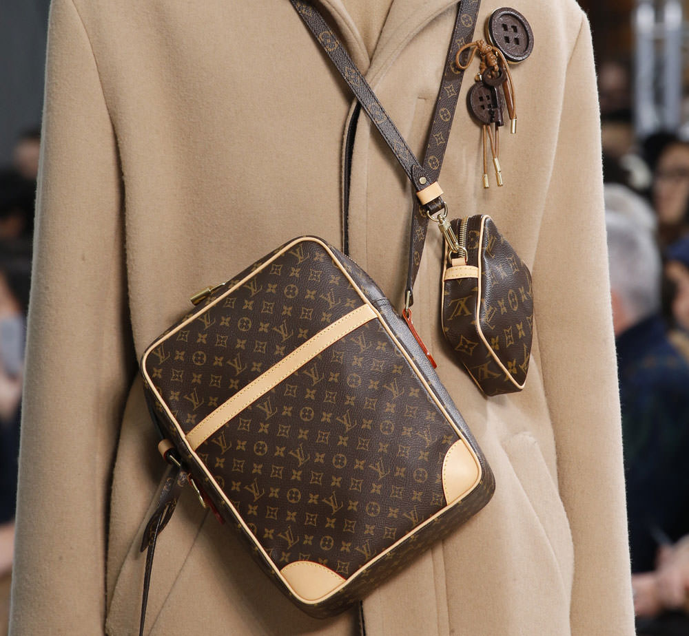 Louis-Vuitton-Fall-2015-Menswear-Bags-9