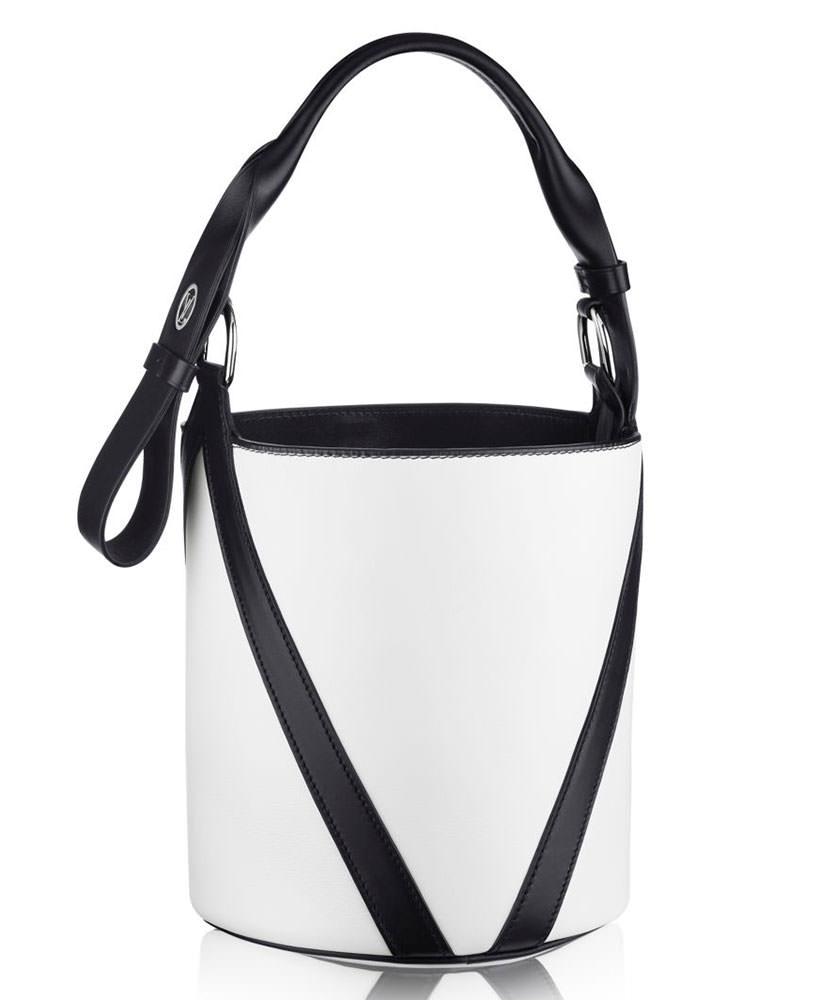 Louis-Vuitton-V-Bucket-GM-Bag-Black