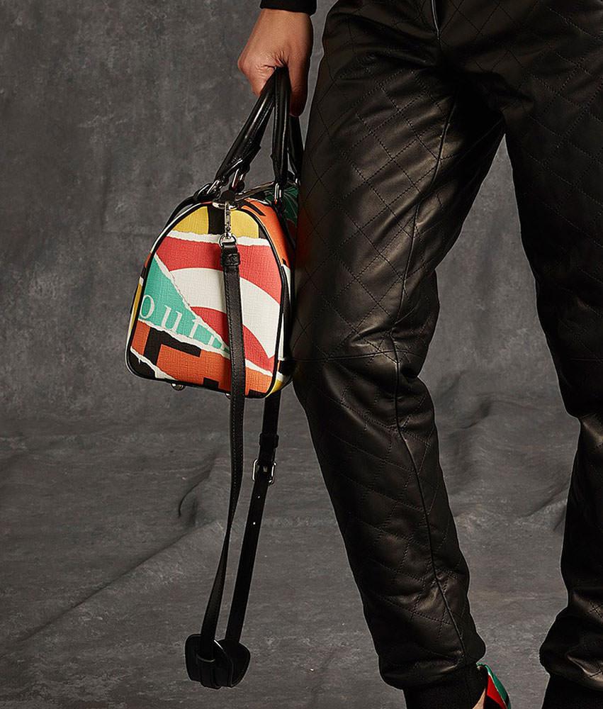 Moschino-Pre-Fall-2015-Handbags-15