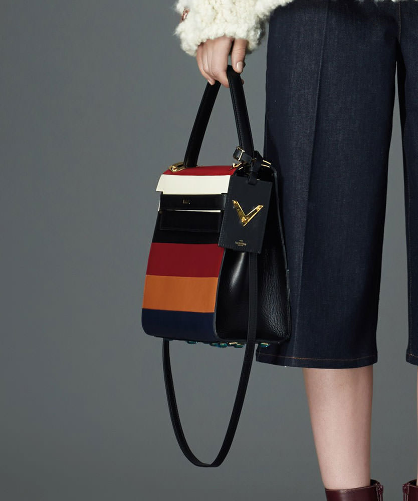 Valentino-Pre-Fall-2015-Bags-17