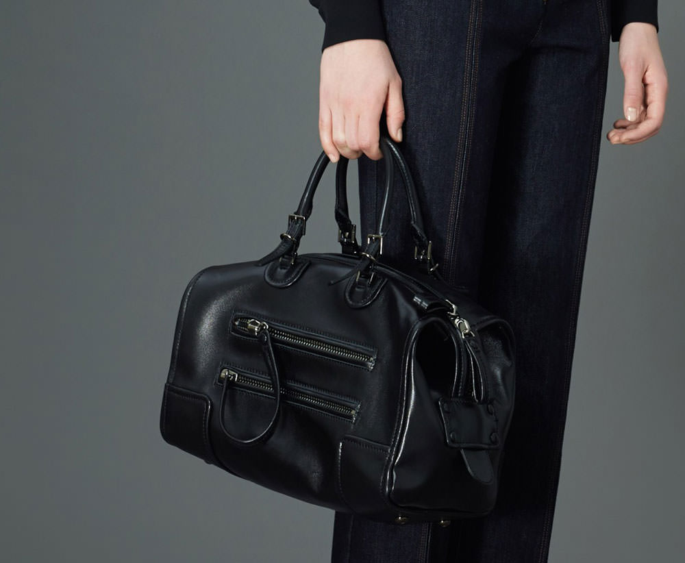 Valentino-Pre-Fall-2015-Bags-28