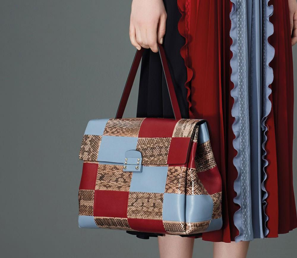 Valentino-Pre-Fall-2015-Bags-29