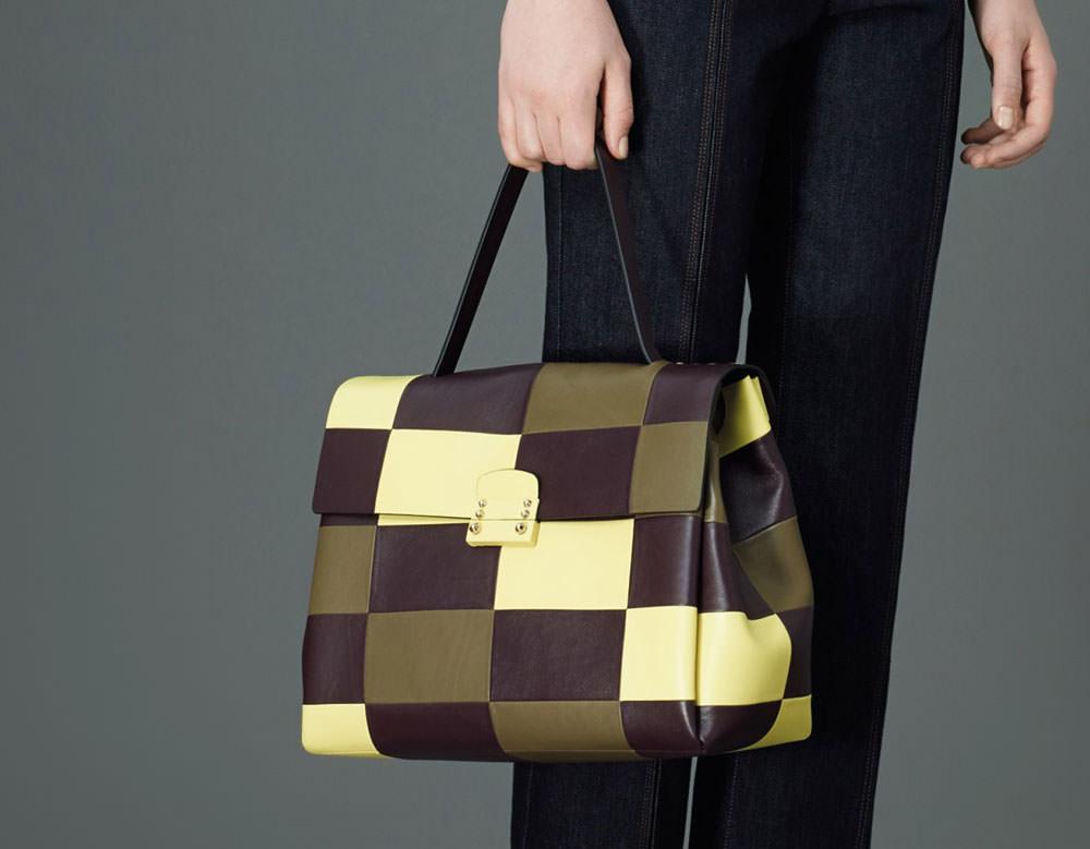 Valentino-Pre-Fall-2015-Bags-32
